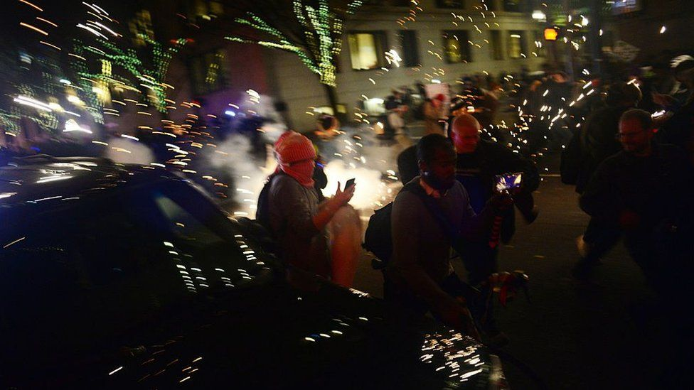 Portland protests were dispersed with gas and smoke grenades