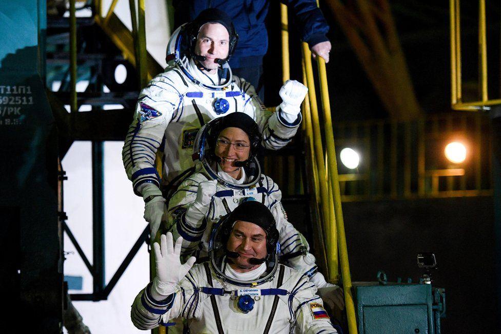 Soyuz launch astronauts