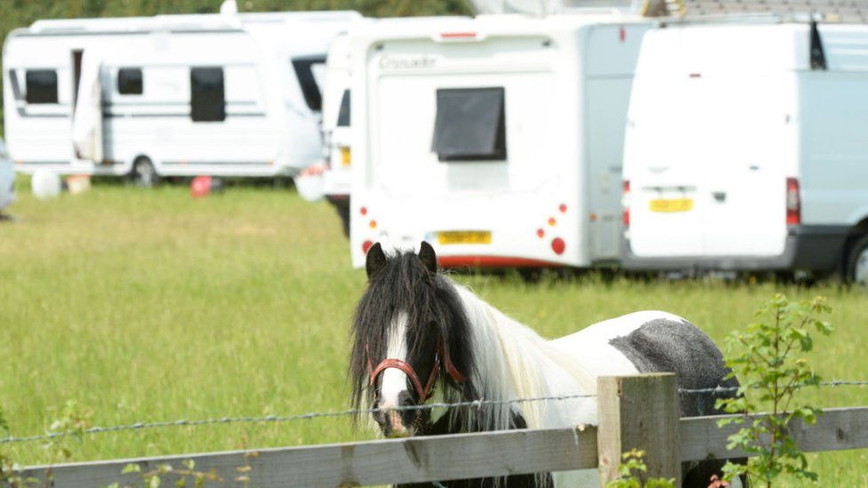 caravans illegally camp on private land