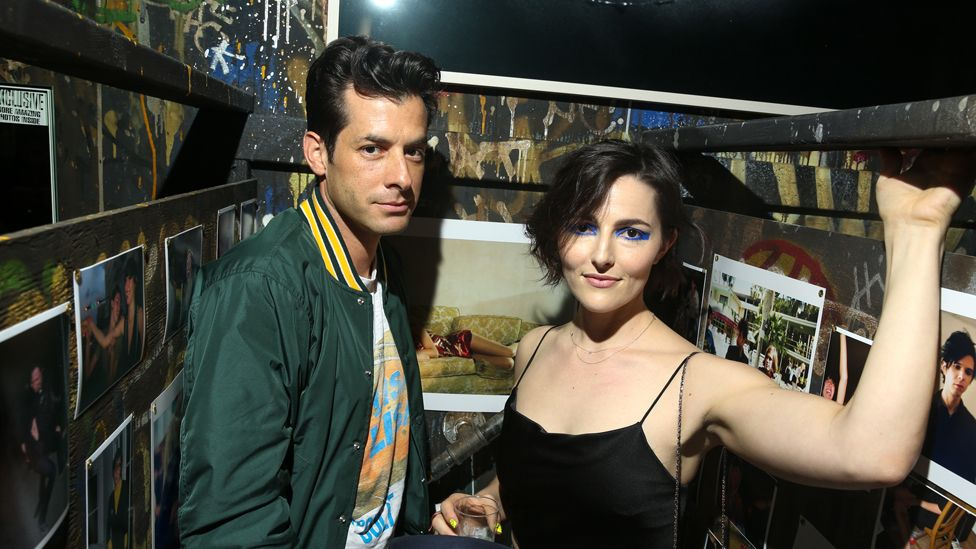 DJ Mark Ronson and Lizzy Goodman