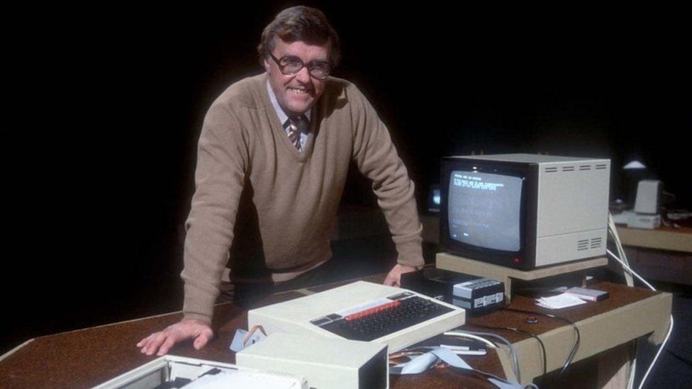 Ian McNaught-Davis presenting The Computer Programme