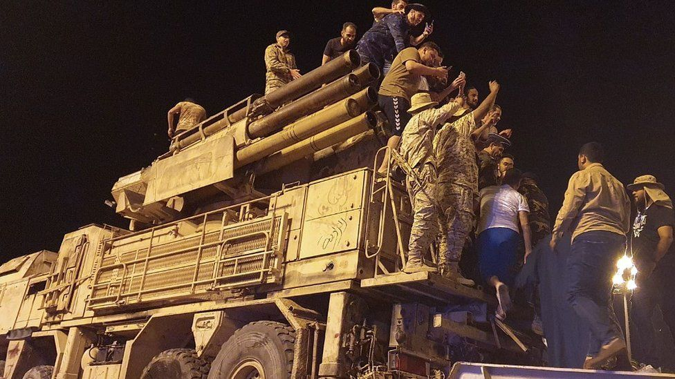 On 20 May GNA troops in Tripoli paraded a captured Russian Pantsir air defence system