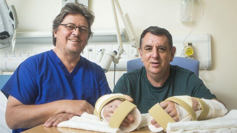 Professor Simon Kay and Chris King at Leeds General infirmary