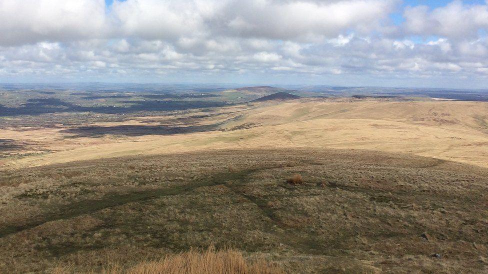 Fyddai'r cynllun wedi cynnwys ardal tu hwnt i Grymych a'r Frenni Fawr, yr holl ffordd lawr i Casmael...