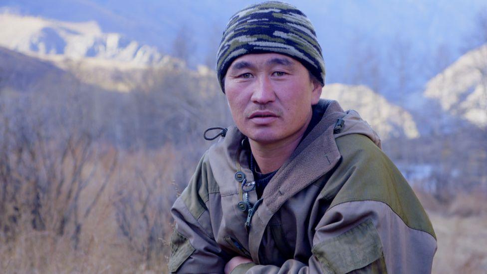 Мерген Марков стал первым хранителем снежного барса в Горном Алтае