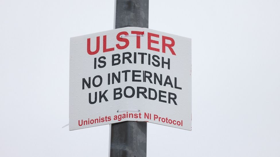 SIGN SAYS ULSTER IS BRITISH NO INTERNAL BORDER IN UK