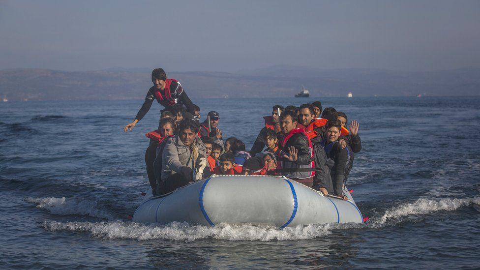 Migrant arrival on Lesbos, 18 Nov 15