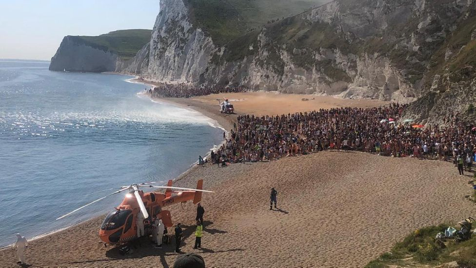 Durdle Door: Tombstoning continues despite three seriously hurt