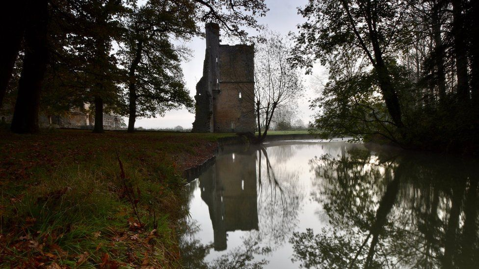 Minster Lovell Hall in the golden hour on an autumn morning