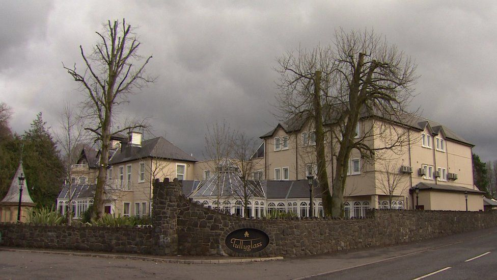 Exterior of the Tullyglass hotel