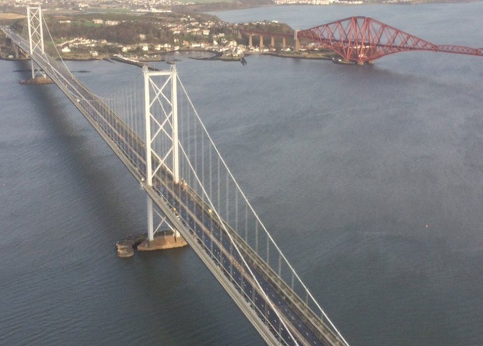 forth bridge from helicopter