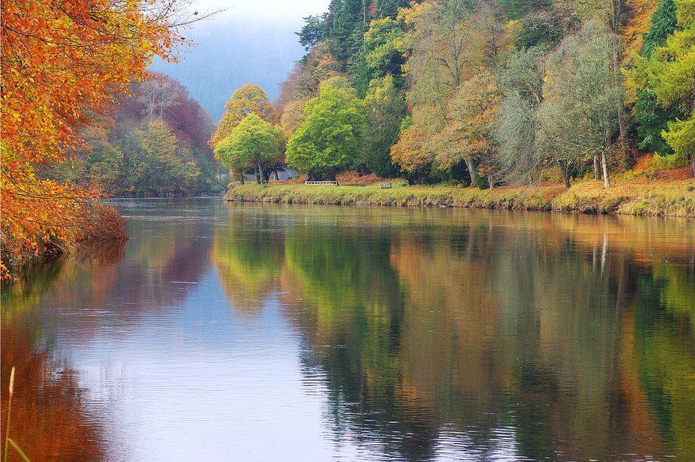Autumn colours in Dunkeld