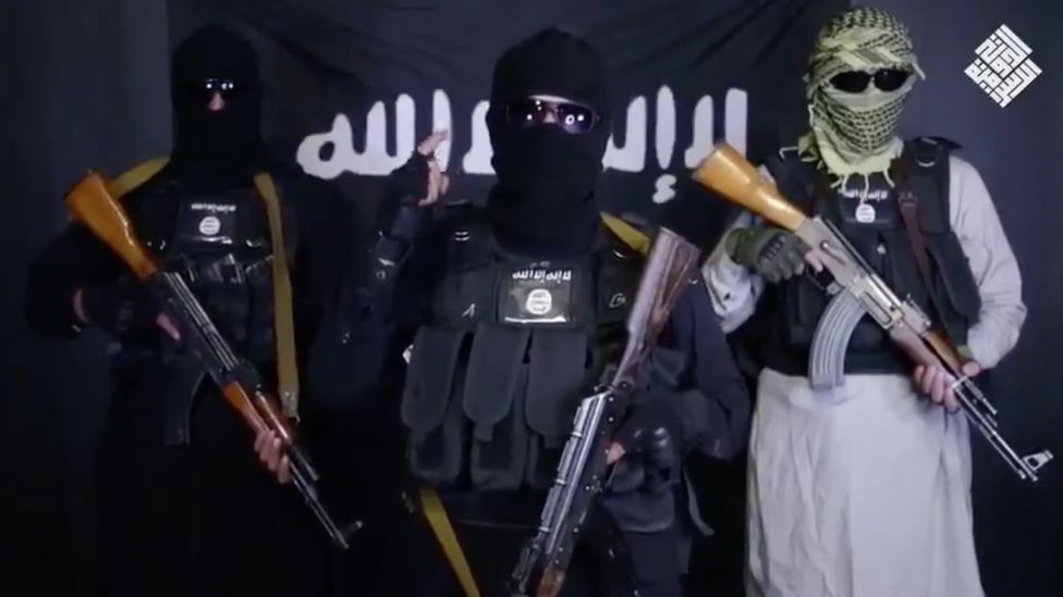 A screenshot from the IS video thought to be fake – purportedly retracting the claim of responsibility