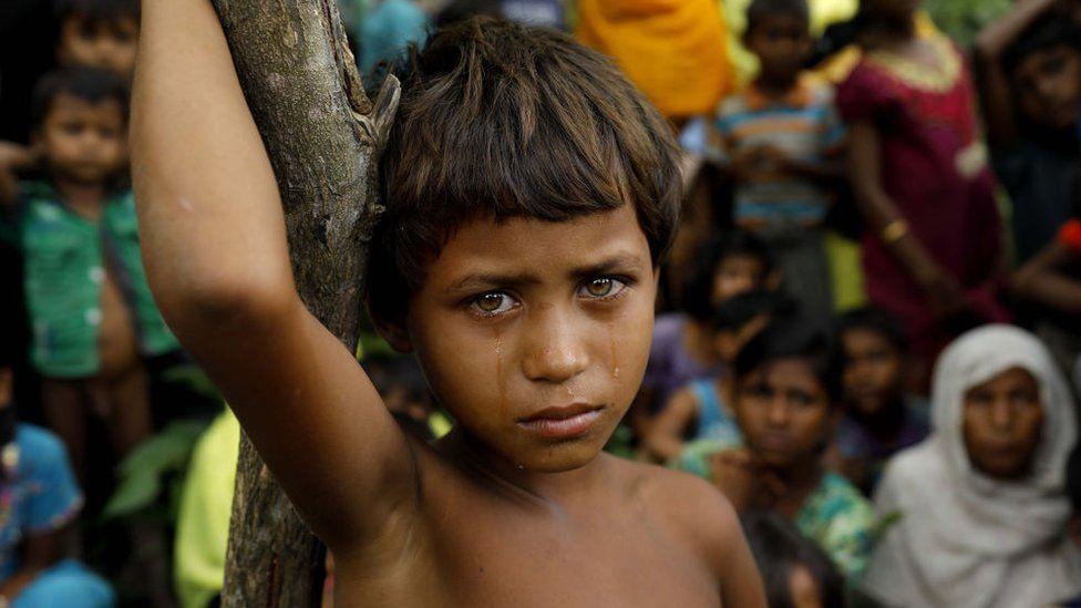 A Rohingya refugee girl