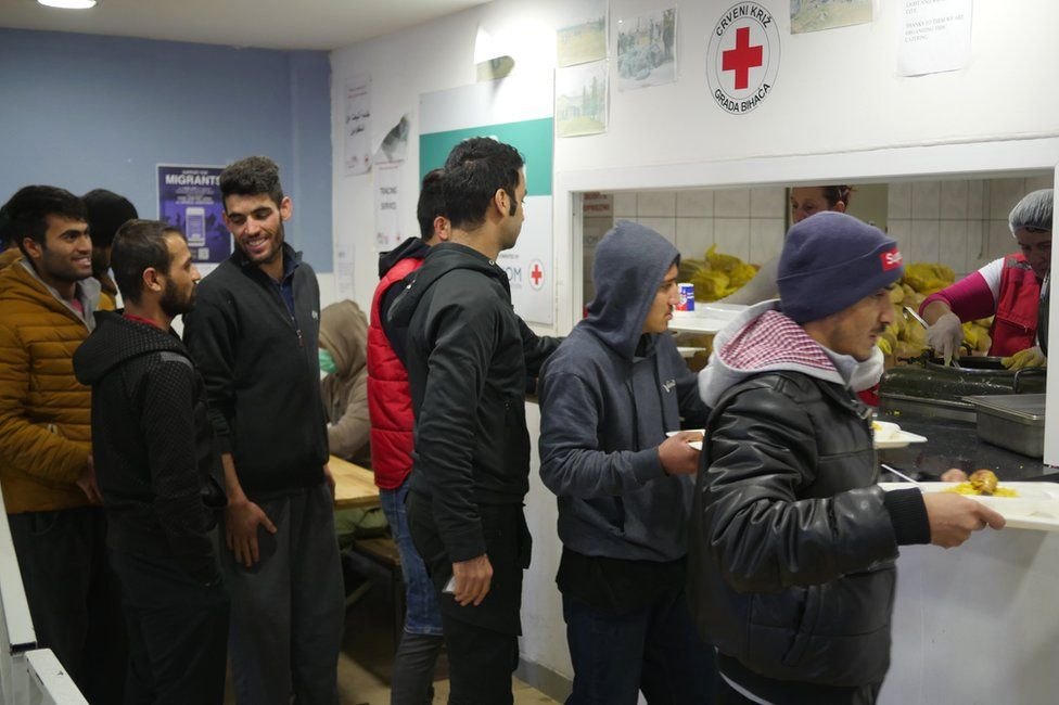 Migrants at the Bira reception centre