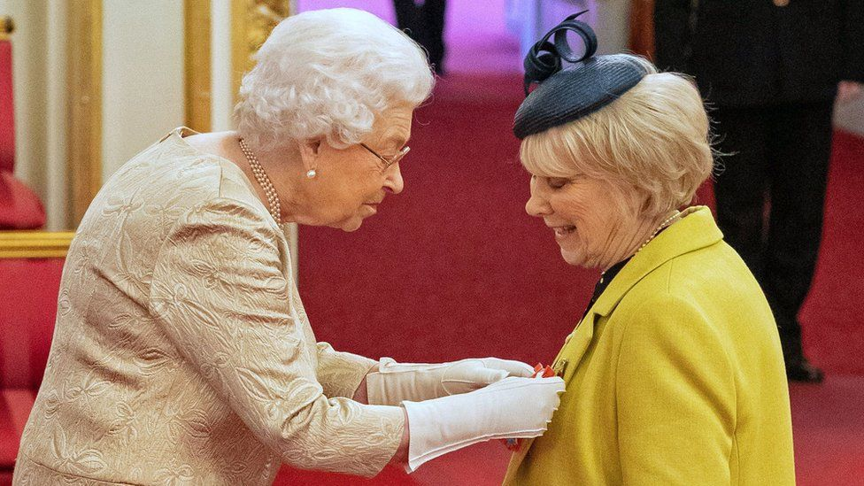 The Queen with Miss Anne Craig, also known as Wendy Craig, at Buckingham Palace on 3 March