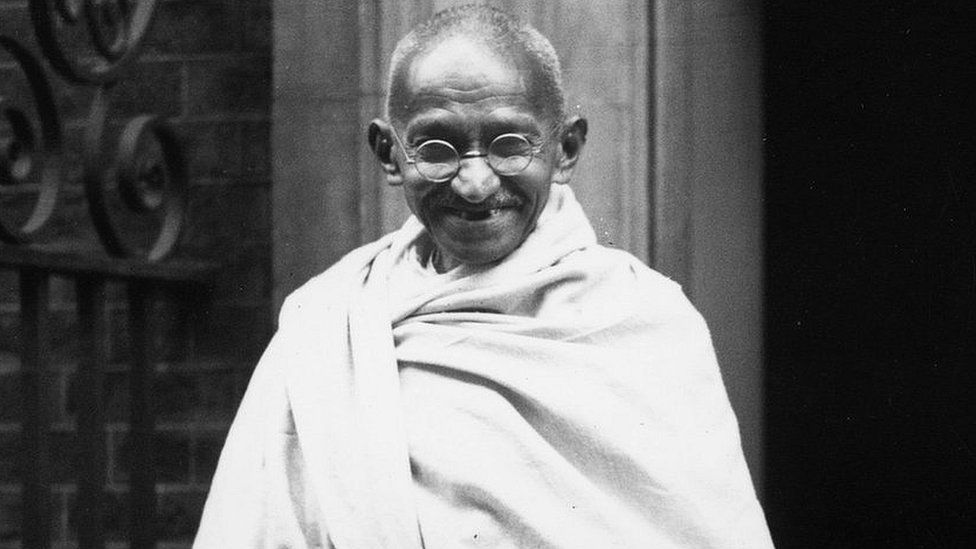 Indian leader Mohandas Gandhi outside 10 Downing Street, London, in 1931
