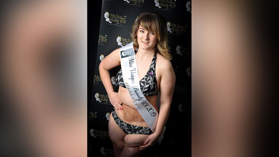 Laura in a bikini for a beauty pageant