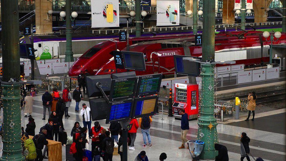 Station platform at Gare du Nord