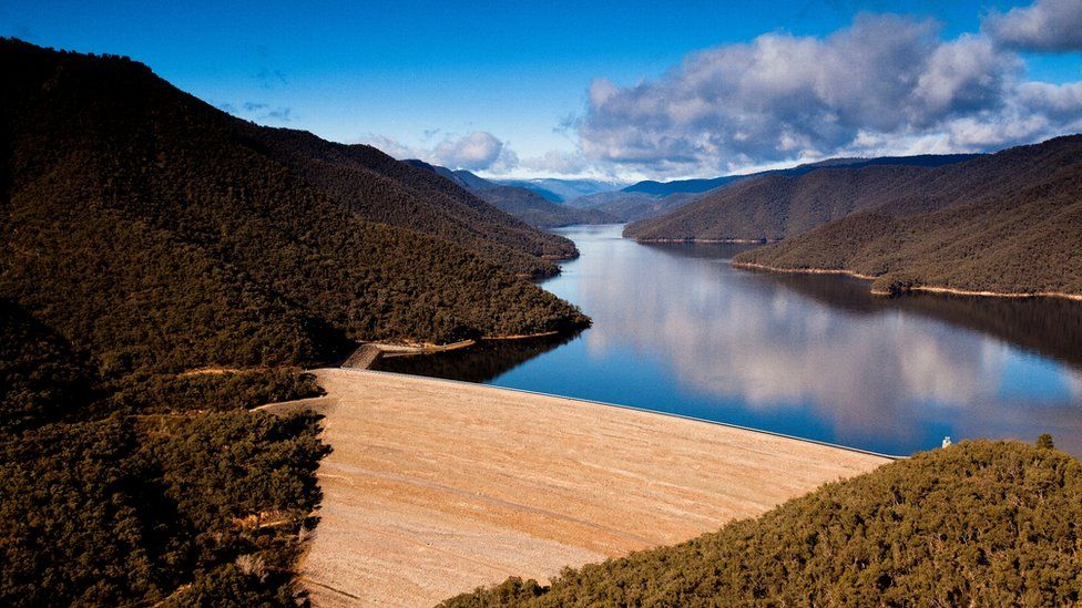 The Talbingo Reservoir, ringed by bushland in the Kosciuszko National Park