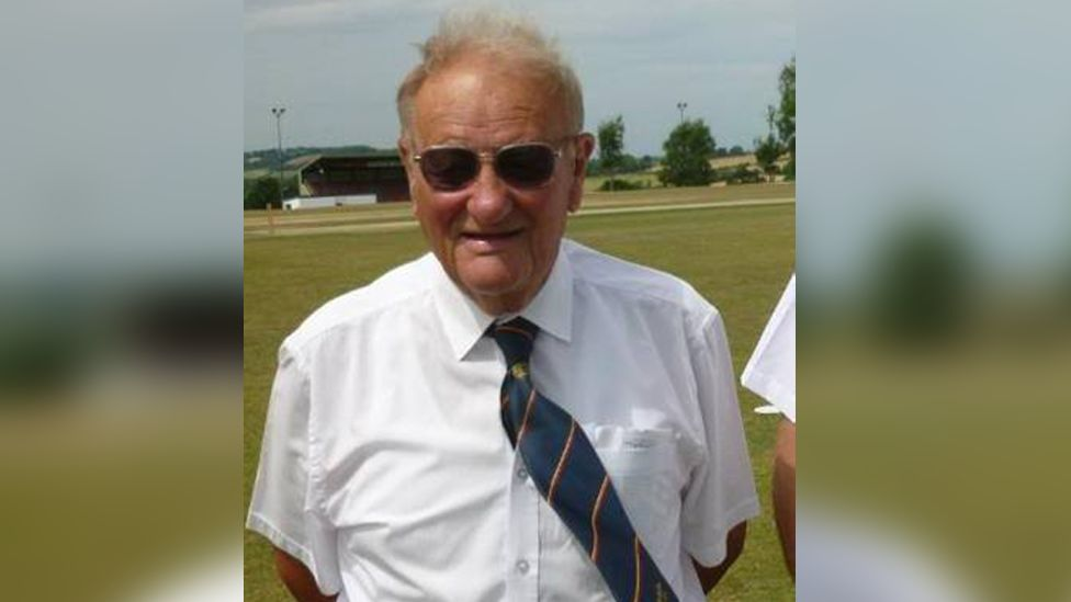 Cricket umpire hit by ball in match dies in hospital