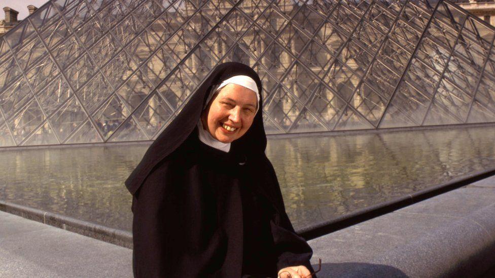 Sister Wendy Beckett in Paris in 2014