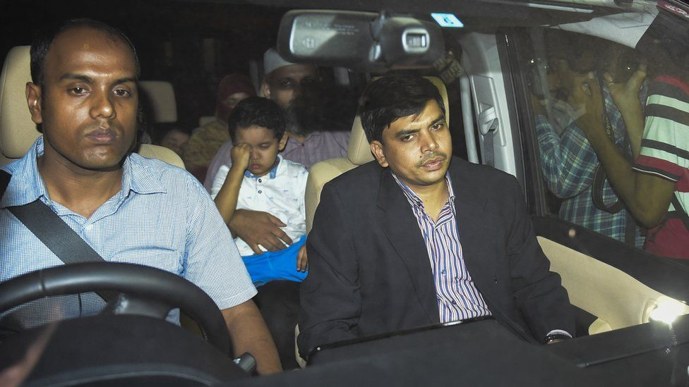 Relatives of Motiur Rahman Nizami arrive at jail
