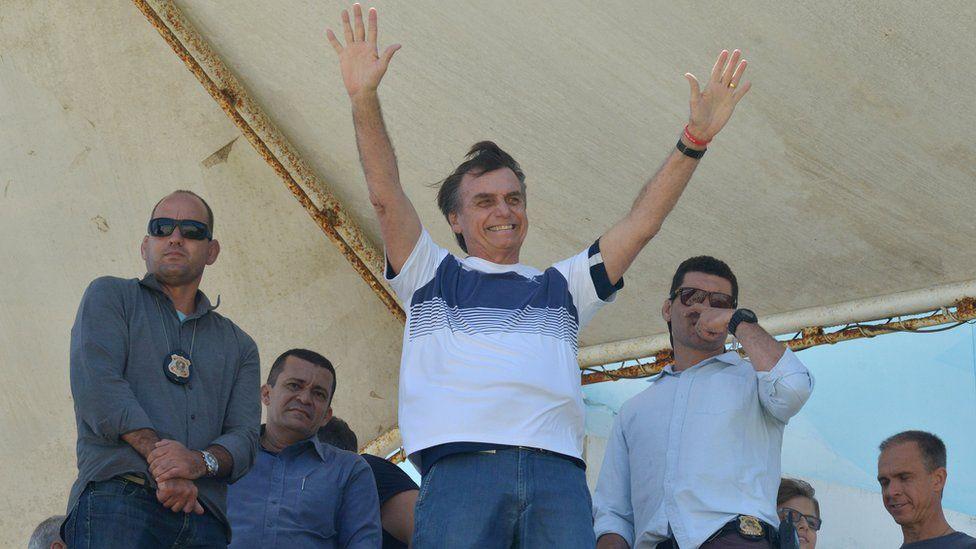 O que prevê para o Brasil professor de Oxford que enxergou força política de Bolsonaro já em 2016