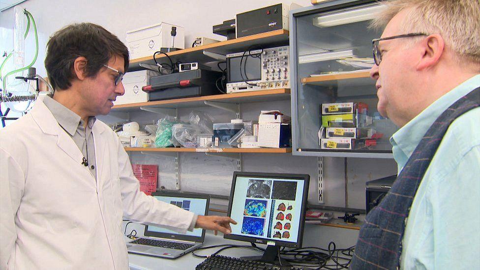 Dr Vassilis Sboros