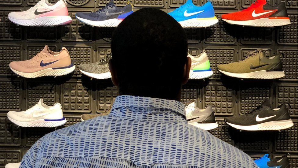 si Firmar seguramente  Nike expects permanent shift to online sales - BBC News