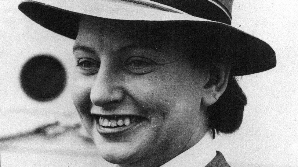 Black and white photo of nurse Vivian Bullwinkle