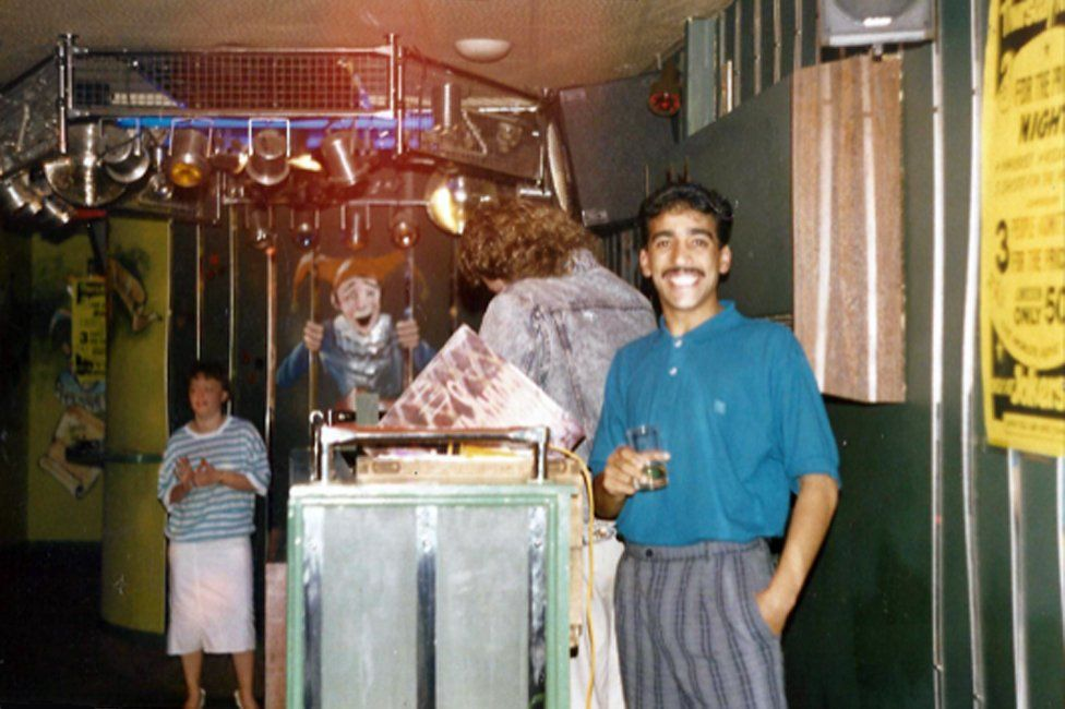 Moey Hassan learning the DJ's art from Mark Lacey in 1986