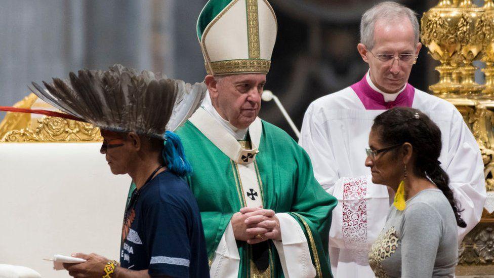 Cuándo y por qué la Iglesia católica impuso el celibato a los sacerdotes (y cuál es la situación en otras ramas del cristianismo)