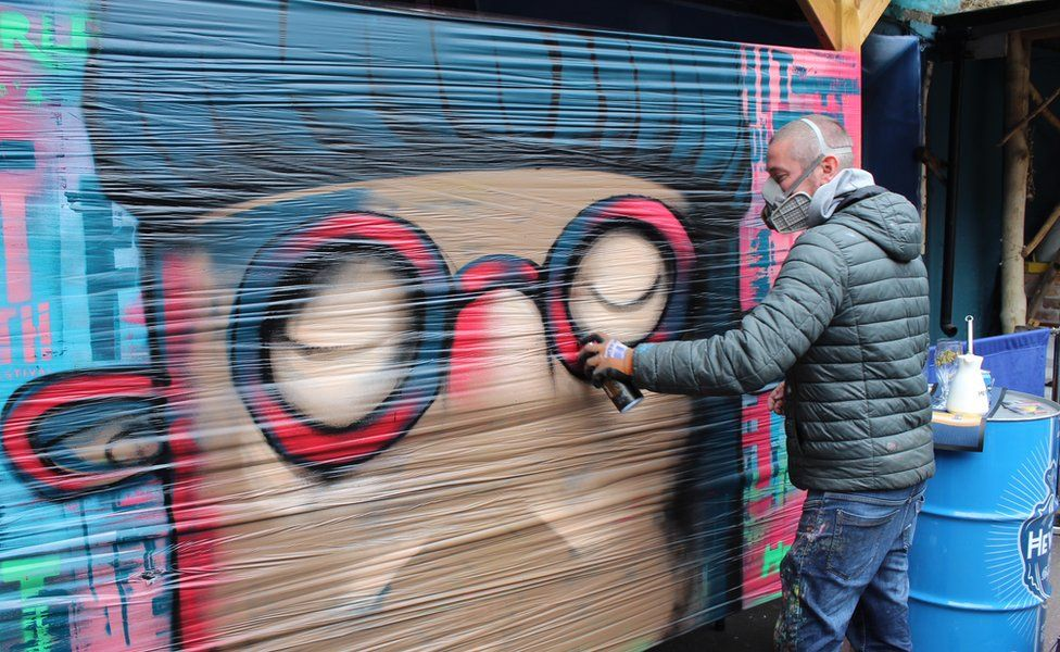 KVLR street artist
