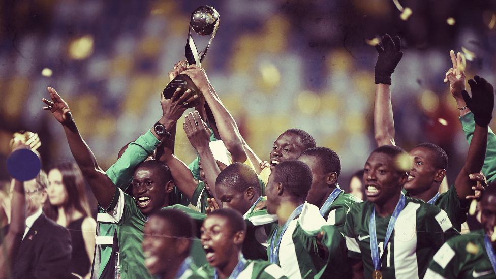 The Nigerian team celebrate with the trophy after winning the Fifa Under-17 World Cup 2015 final match between Mali and Nigeria at Estadio Sausalito in Chile - 8 November 2015