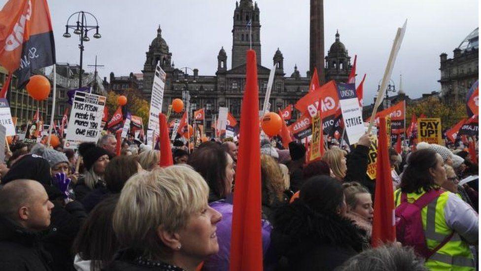Strikers in George Square