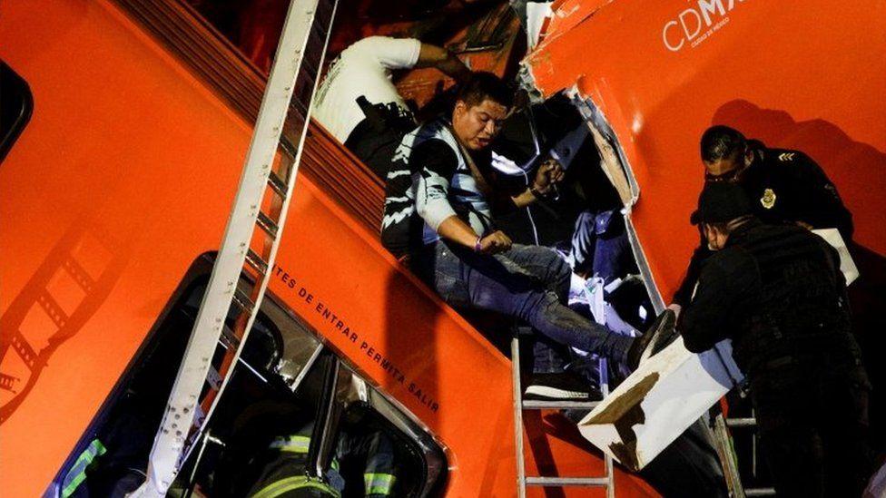 Mexico City metro overpass collapse kills 23 thumbnail