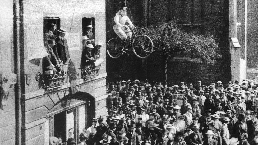 Hulton Archive of Cambridge protests