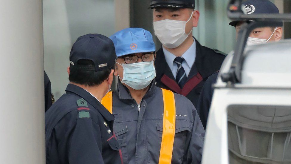Carlos Ghosn leaves prison in disguise in March