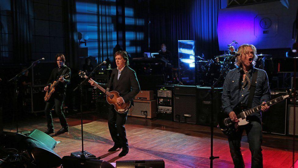 Paul McCartney with band