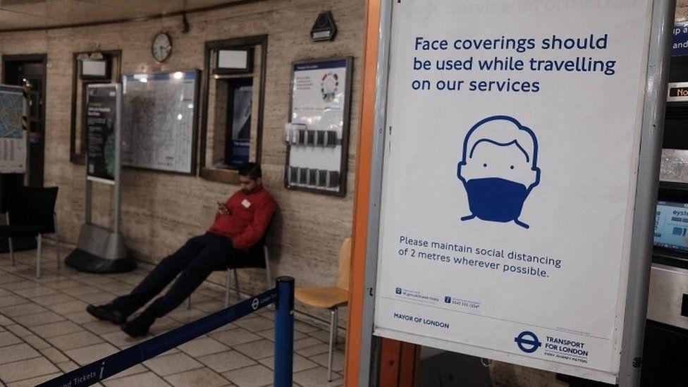 Poster in Tube station