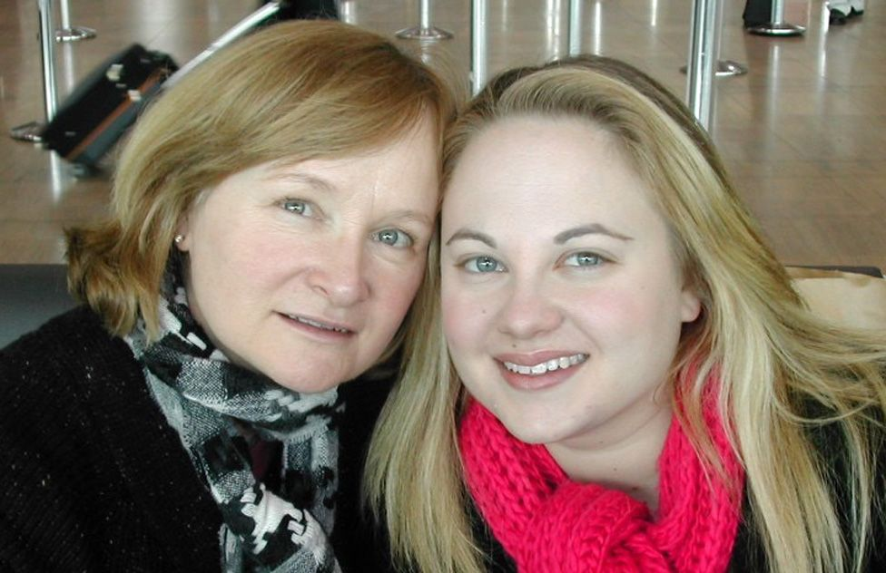 Rabbi Jillian Cameron (R) and her mother