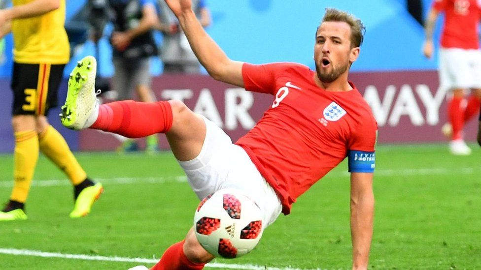 Harry Kane playing for England in the World Cup