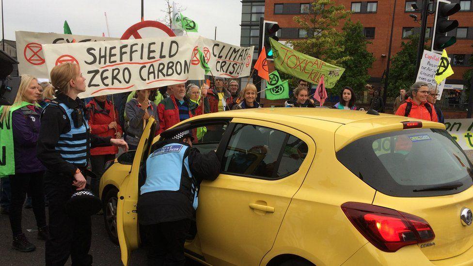 Extinction Rebellion protest blocks Sheffield ring road