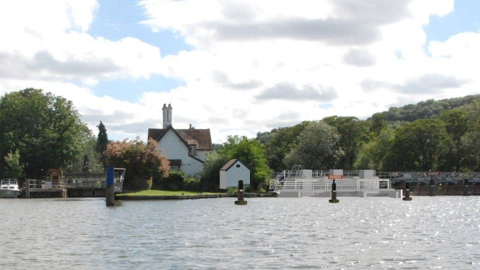 Goring and Streatley hydro