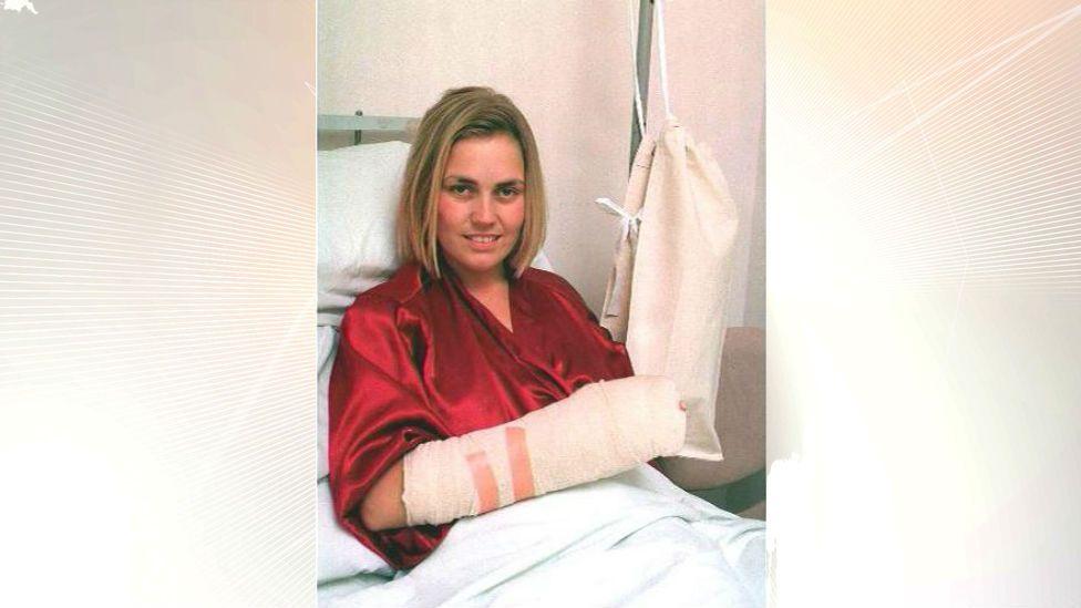 Lisa in hospital
