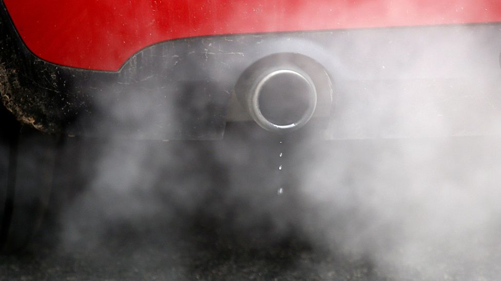 Air pollution 'triggers hundreds more heart attacks and strokes'