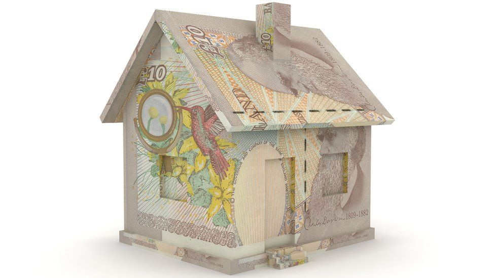 house made out of £10 note