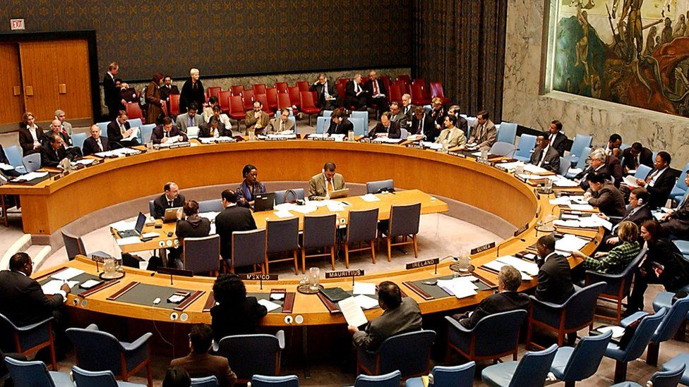 The UN discusses Iraq in 2002
