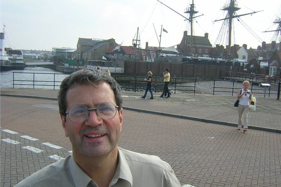 Dick Rodgers in front of HMS Trincomalee in 2004